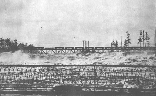 Maine Central Railroad bridge between Auburn and Lewiston, 1936